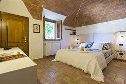 San Felice apartment, bedroom