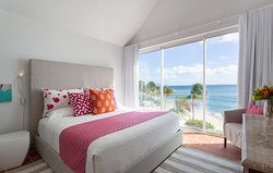 Bedroom (Antilles Pearl)