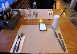 Table and drinks with free WiFi