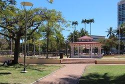 Place des Cocotiers , kiosque à musique