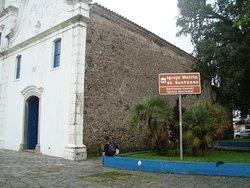 Lateral da Matriz de Sant'Anna em Itanhaém.