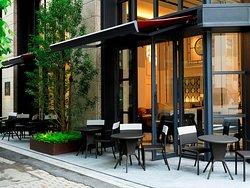レストラン バー&ラウンジ「クオーレ」