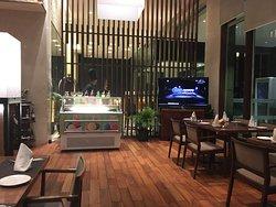 Restaurace v přízemí