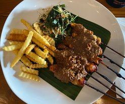 Chicken satay and fries