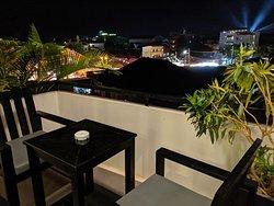 Great Location. Beautiful Hotel