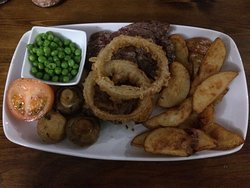 Lovely meal at The Boat Inn. Rib eye steak with all the trimmings. Very reasonably priced. My husband asked for a peppercorn sauce which they made up fresh for him & no extra charge for the sauce. Everybody was very friendly & helpful & they have only been in the pub since December. We wish you all the luck with your new venture
