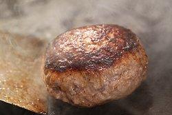 黒毛和牛入りハンバーグ[180g] Wagyu Hamburg [180g] 和牛汉堡肉饼 [180g] 와규 햄버그 [180g]