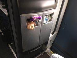 One hour after departure and the bin is full. It stayed like this for another 7 hours.