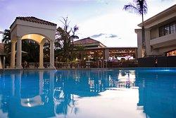 Hermosa piscina con amplios jardines para que disfrutes tu fin de semana en Teguz