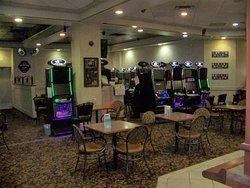 Stardust Lounge and VLT Games Room.