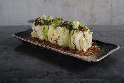 Kukei Salad Iceberg, caramelized wafu onion, kizami nori