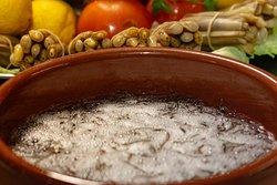 Angulas, producto fresco del Delta del Ebro