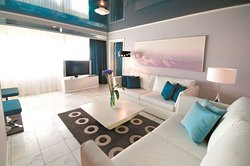Polar Suite Living Room