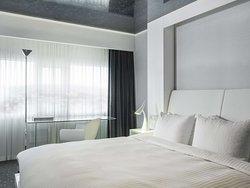 Polar Suite Bedroom