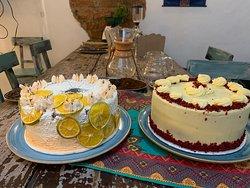 Tortas de naranja con semillas de amapola y Red Velvet.