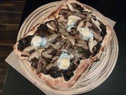 Pizza Mr. Funghi