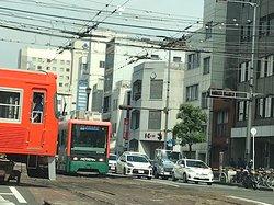 伊予鉄道 待ち合わせしている電車