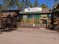 Creekside Steakhouse & Tavern