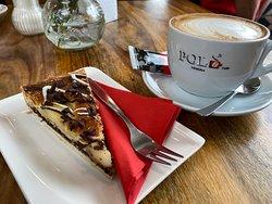 Café mit Kuchen