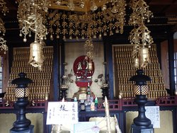 愛染堂内の愛染明王像
