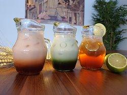 Thai tea, Green tea and Ice tea.
