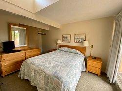 Bedroom with Queen bed and upper deck