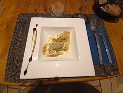 Ravioles d'escargots, crème persillée