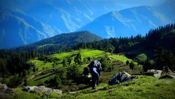 Kedarkantha summer trek is really ideal for trekking and camping even for those who are not professional trekkers.  Kedarkantha trek is one of the most adventurous trips on the lap of the Himalayan mountains. Kedarkantha mountain is situated at the Western Gharwal of Uttrakhand State and shares the region of the great Himalayas. Its submission peak lies at an altitude of 12500 ft high where the trekkers can have a magnificent view of 360 degrees..visit himalayantourismo.com/kedarkantha-trek/