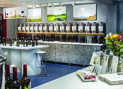 Solvang Olive Press - taste and buy over 60 flavors of premium cold press first harvest olive oils from around the world, and balsamics from Modena, Italy.