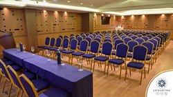 Πλήρως εξοπλισμένες αίθουσες συνεδριάσεων στο συγκρότημα Litharitsia. Πληροφορίες στο 2651029500 και στο info@litharitsia-ioannina.gr  #litharitsia #conference #congressroom #ioannina #meeting #meetingroom