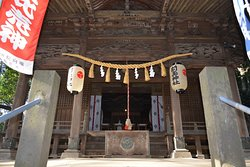 先玉神社の拝殿
