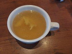 ランチサービスのスープ