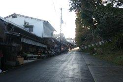 黒門を過ぎるといよいよ吉野に来った感じになります。