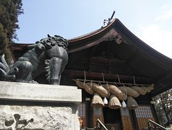 青銅狛犬 日本一の大きさ