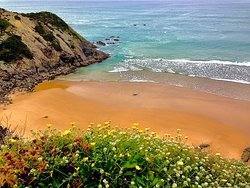 Praia das Adegas - Naturismo ... beautiful sandy beach for naturists in the small bay on the left of Odeceixe beach