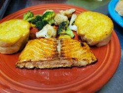 Salmon & Grilled Veggies