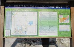 Relais d'information touristique situé à l'Hôtel-de-Ville de Lac Beauport