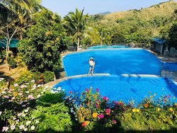 Camp Paraiso Hotel & Resort