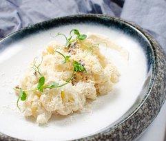Цветная капуста с соусом из тунца и сыром «Грана Падано» 180гр.