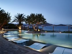 Guests of the Elounda Peninsula have access to the resort's seaside complex of swimming pools, which comprises the largest seafront pool on the island of Crete