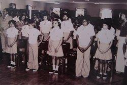 Alunos da Escola Iracema durante primeira comunhão em 1977. Sala do atual Museu Arthur Ramos