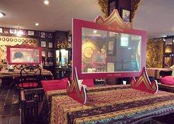 Reunthong Restaurant