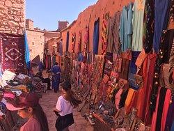une rue dans la kasbah de Aït-Ben-Haddou