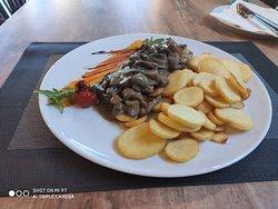 Istrian steak whit mushrooms
