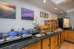 Breakfast Room/Buffet
