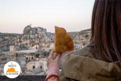 Se vieni a Matera non puoi non assaggiare il panzerotto del Bar Valentino