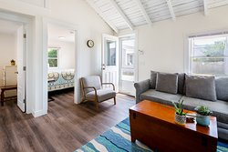 Cottage #7 - Living Area