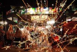 Aniversario Rocky's Arena con la Trouper's Swing Band.