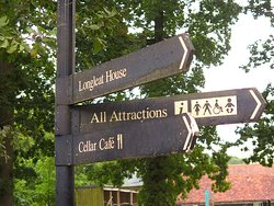 Longleat Safari and Adventure Park in Wiltshire, Warminster - Directional Sign
