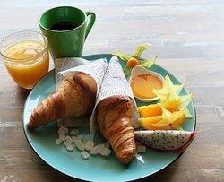 Aristocrat's breakfast